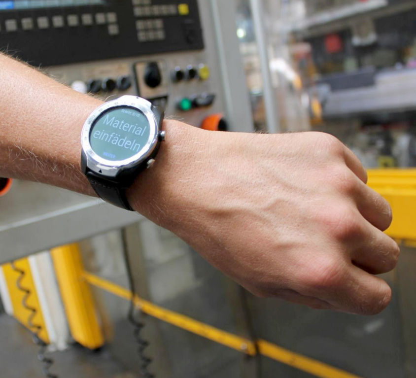 Smartwatch<br>bei KIRCHHOFF Automotive